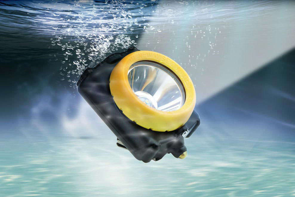 IP68 water proof certificated diving to more than 15 meters